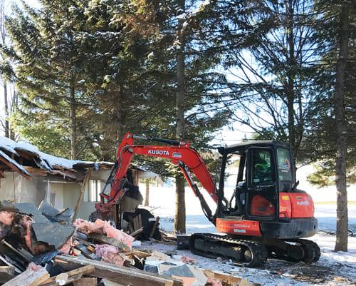 Excavation Fondasec - résidentiel, commercial, chargement de matériel, débris, concassage, transport. | Fondasec.com