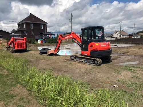 Excavation Fondasec - excavation, nivellement, nettoyage du site, semelle, compactage, murs de fondation en béton, sciage de dalle | Fondasec.com