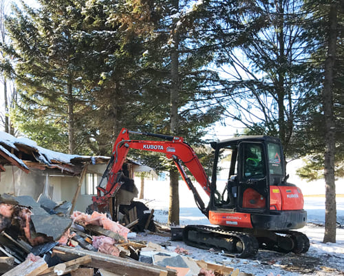 Fondasec Excavation | Montreal area - residential, commercial, loading material, debris, breaking, transport | Fondasec.com